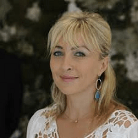 Isabelle Pacchioni – Dirigeante - Puressentiel